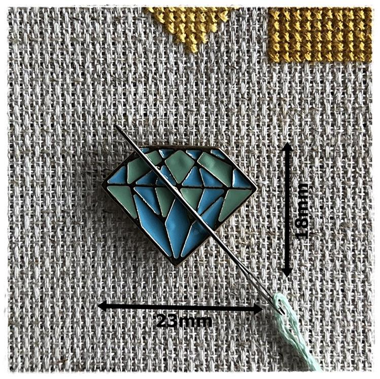 Magnetic Needle Minder Diamond