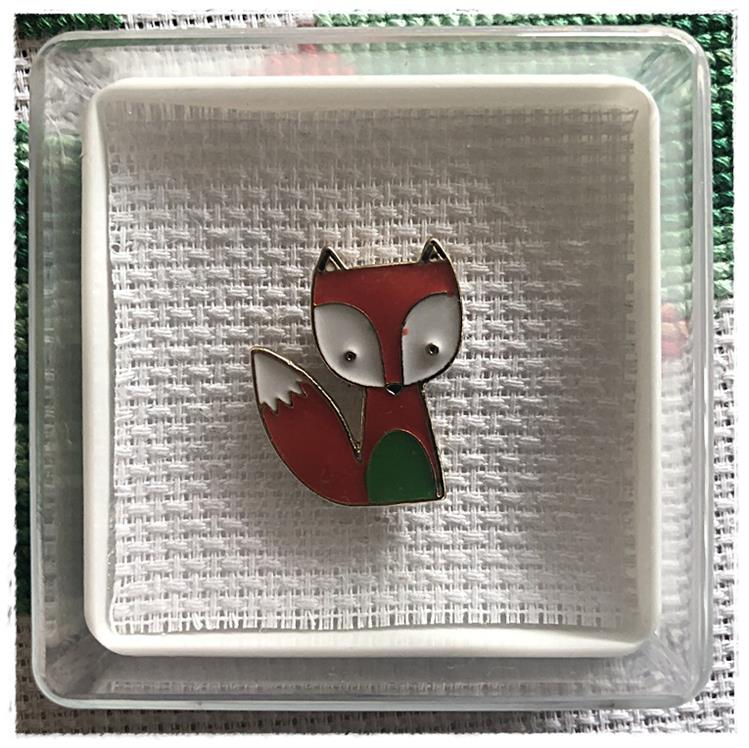 Magnetic Needle Minder Fox