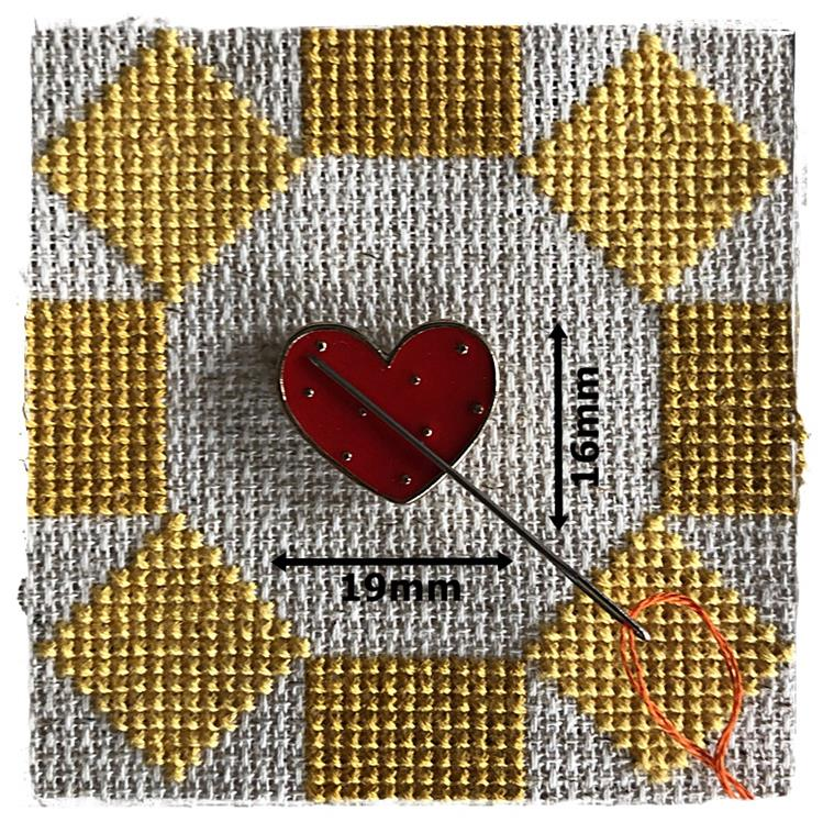 Magnetic Needle Minder Red Heart