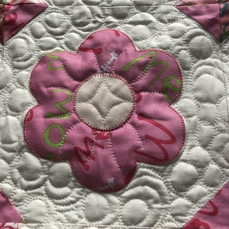 daisy5 applique1